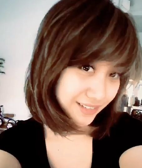 Berponi Gaya Rambut Baru Bunga Citra Lestari Dipuji Netizen