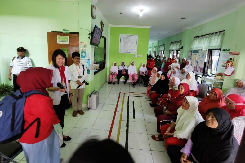 Departemen Prostodonsia Fakultas Kedokteran Gigi Universitas Indonesia saat menggelar pelatihan kader kesehatan di Kepulauan Seribu. (Foto: ist)