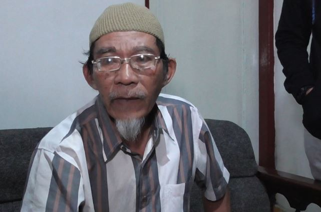 Pemilik kos di Bukittinggi Saifullah, Selasa (11/2/2020) (Foto:iNews/Wahyu Sikumbang)