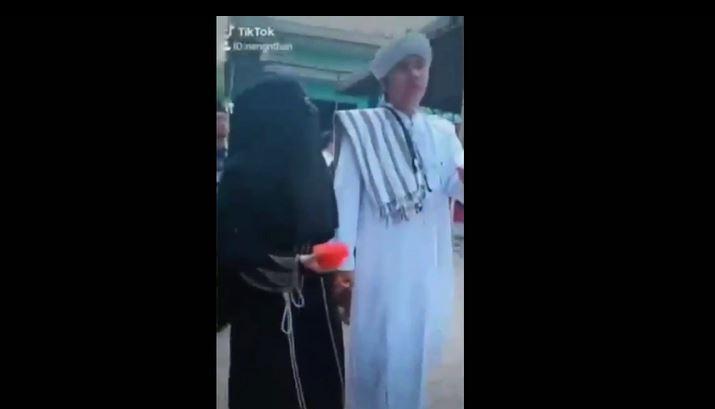 Tangkapan layar Tiktok Abah Hafi diantarkan nikah, Kamis (13/2/2020)