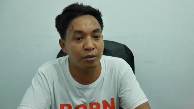 Pengusaha teripang, Rachmat Pan yang menawarkan dua mobilnya ditukar dengan masker untuk dibangikan kepada warga Kota Parepare, Sulawesi Selatan, Rabu (25/3/2020). (Foto: iNews/Ichsan Anshari)