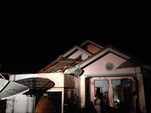 Bencana cuaca ekstrem dan angin kencang dan hujan lebat 3