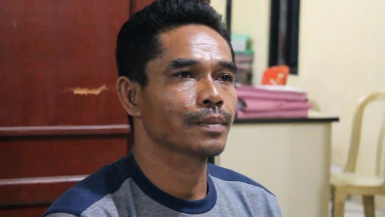 Sabar, pria asal Muara Enim, Sumsel ini menjadi korban penipuan istri sirinya, Wynda Susanti yang mengaku sebagai anggota Polri berpangkat AKBP (Agung Sulistyo/iNews)
