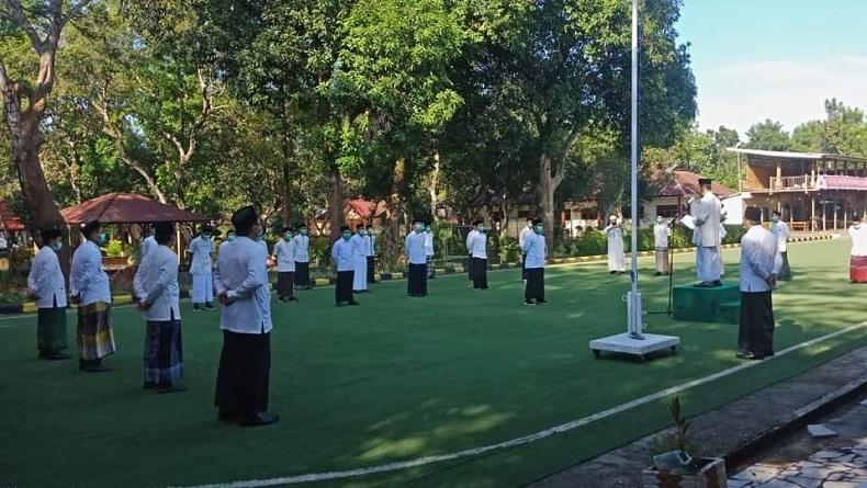 Upacara Hari Santri Nasional di Luwu Timur. (Foto: Istimewa).