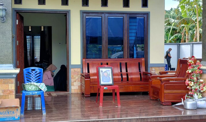 Rumah Duka Kepala BPBD Belitung Timur (Foto: Twitter Yusril)
