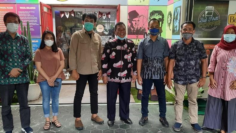Tim iNews silaturahmi dengan Pemprov Riau. (Foto: iNews)