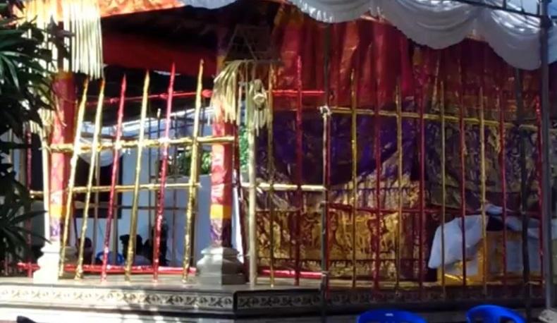 Jenazah Ki Galang Pamungkas akan menjalani prosesi Ngaben, Kamis (6/5/2021). (Foto: iNews/Indira Arri)