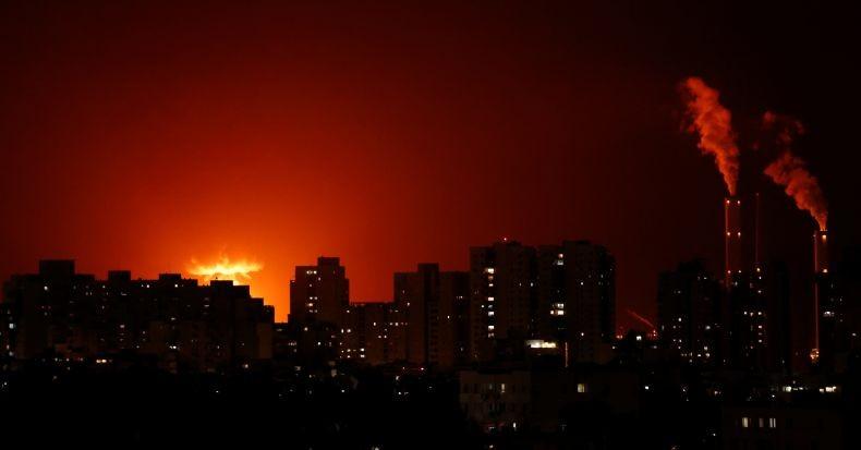 Serangan roket dari Gaza menghantam Ashkelon (Foto: Reuters)