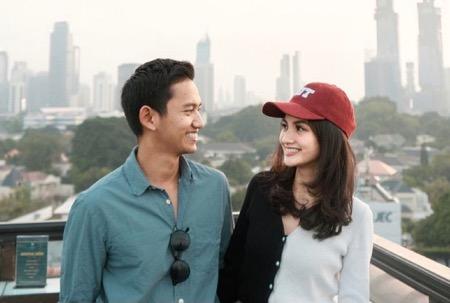 Bersama sang pacar, CEO Ruangguru.