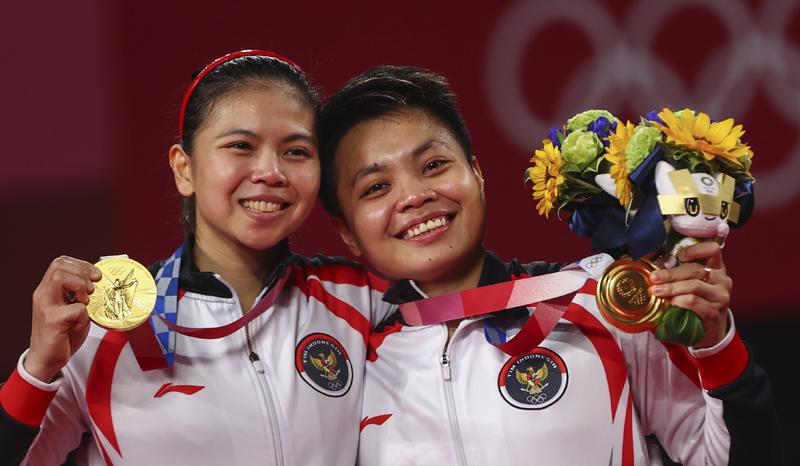 Greysia/Apriyani meraih Medali Emas Olimpiade Tokyo 2020. (Foto:Reuters)