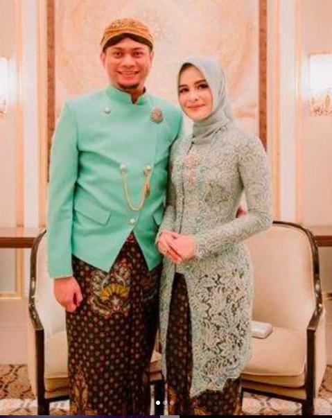 Tiga Penyanyi dangdut memutuskan menikah dengan pejabat. (foto: instagram)