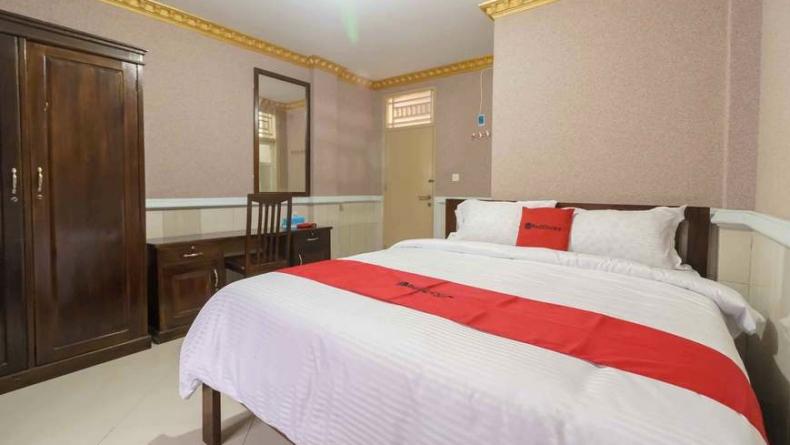 Hotel murah di Padang, RedDoorz Plus Syariah Near RSUP Dr. M. Djamil Padang (Dokumen RedDoorz)