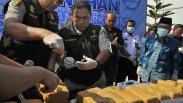 BNN Musnahkan 150 Kg Ganja yang Disembunyikan Dalam Bagasi Mobil