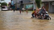Ratusan Rumah di Serang Terendam Banjir akibat Luapan Sungai Ciwaka