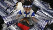 Jelang New Normal, Permintaan Face Shield di Surabaya Meningkat