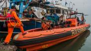 Basarnas Cari 7 Nelayan KM Puspita Jaya yang Tenggelam di Selat Sunda