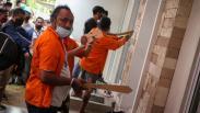 Anak Buah John Kei Rekonstruksi Penyerangan Rumah Nus Kei