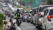 Libur Akhir Pekan, Jalur Puncak Bogor Dipadati Kendaraan