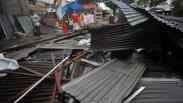 Angin Puting Beliung Hantam Permukiman Warga di Padang, Puluhan Rumah Rusak