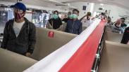 Bentangkan Bendera Merah Putih di Kereta, KAI Ajak Penumpang Peringati HUT RI