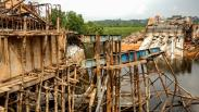 Jembatan Penghubung Kota Pangkal Pinang dan Bangka Senilai Rp25 M Ambruk