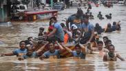 Filipina Diterjang Topan Vamco, Manila Lumpuh Terendam Banjir