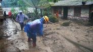 Rumah Warga Rusak Terendam Lumpur akibat Banjir Bandang Gunung Mas Puncak