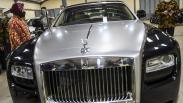 Mensos Risma Lelang Rolls-Royce hingga Emas Batangan Undian untuk Dana Bencana