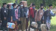 15.000 Santri Pondok Pesantren Lirboyo Kediri Dipulangkan