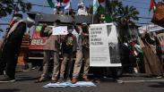 Aksi Bela Palestina, Massa Injak-Injak Bendera Israel