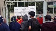Situs PPDB Banten Eror, Orang Tua Murid Datangi Sekolah