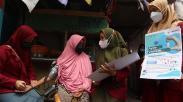 Mahasiswa Surabaya Blusukan ke Gang Sempit, Jemput Warga Ikut Vaksinasi