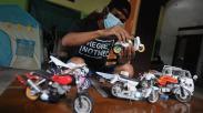 Kerajinan Miniatur Motor dan Mobil Berbahan Pipa Bekas Dijual Mulai Rp100.000