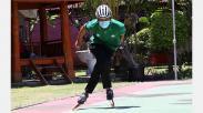 Aksi Atlet Sepatu Roda UWKS sebelum Berangkat ke Ajang PON Papua