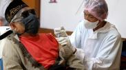 Puluhan Warga Tunanetra Ikuti Vaksinasi Covid-19
