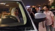 Foto-Foto Wanita Arab Saudi Bebas Mengemudi Mobil Mulai Hari Ini
