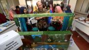 UM Surabaya Donasikan Mainan Edukatif untuk Anak Korban Gempa Lombok
