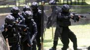 Aksi Pasukan Perlawanan Teror Polda Jatim Latihan Perang Kota