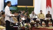 Presiden Jokowi Minta Menteri Jaga Stabilitas Harga Jelang Ramadan