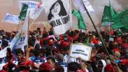 Gubernur Khofifah Temui Massa Aksi May Day di Jawa Timur