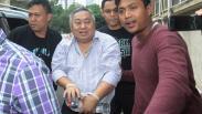 Tangan Diborgol, Lieus Sungkharisma Ditangkap Polisi Terkait Dugaan Makar