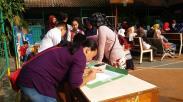 Suasana PPDB di SMP Negeri Jakarta, Ratusan Orangtua Antre sejak Subuh