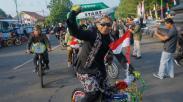 Ribuan Warga Batang Ikuti Pawai Sepeda Peringati HUT ke-74 RI