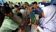 Pelajar Taiwan Belajar Membatik di SMA Muhammadiyah Surabaya