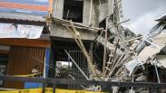 Penampakan Gedung Tiga Lantai Ambruk di Matraman