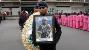 Jenazah Prajurit Polri yang Gugur Ditembak KKB Papua Tiba di Sidoarjo
