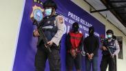 Polairud Polda Riau Tangkap Pelaku Pembalakan Liar, 55 Rakit Kayu Meranti Disita