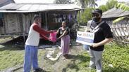 Jurnalis Peduli Salurkan Bantuan untuk Warga Terdampak Covid-19 di Pulau Tunda