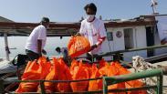 BNI Salurkan Sembako untuk Warga Pesisir Serang yang Terdampak Pandemi Covid-19