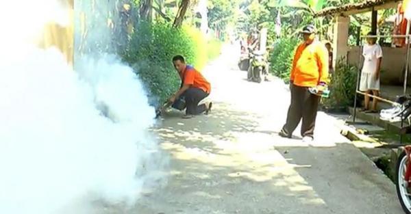Ada Kasus DBD Renggut 2 Warga, DPD Perindo Klaten Fogging Desa Ngawen